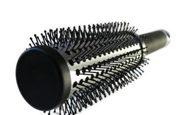 Dobre szczotki do włosów nie niszczą ich