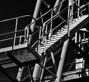 hałas w fabryce - badanie jego poziomu