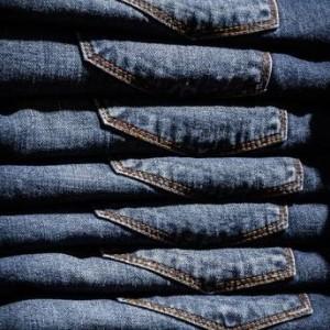 mocne spodnie jeansowe
