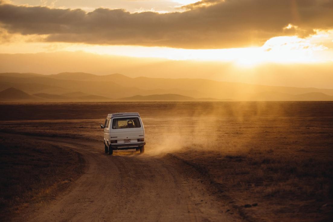 bus na pustyni