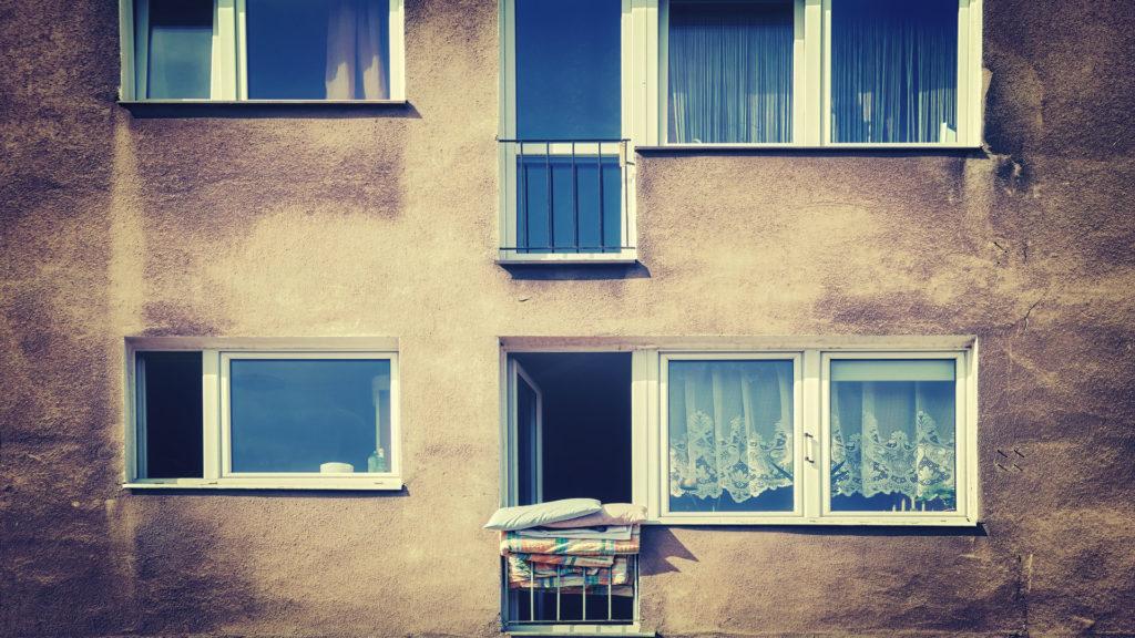 zaniedbane mieszkanie